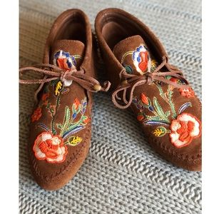 Tory Burch Huntington Embroidered Moccasin Booties